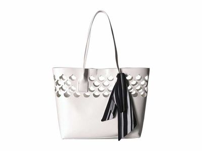 Betsey Johnson - Betsey Johnson White What'S İnside Heart Tote Handbag