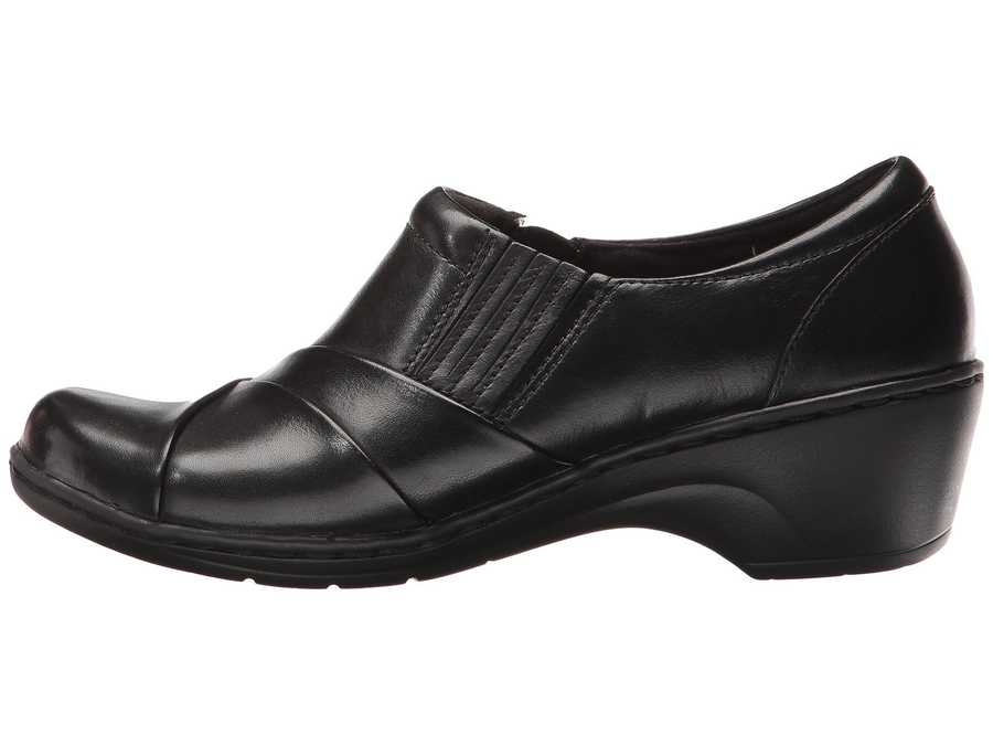 Clarks Women Black Leather Channing Essa Loafers