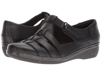Clarks - Clarks Women Black Leather Everlay Cape Loafers