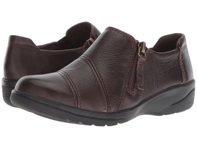 Clarks - Clarks Women Brown Leather Cheyn Clay Loafers