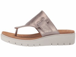 Clarks Women Gold Metallic Leather Un Karely Sea Flat Sandals - Thumbnail