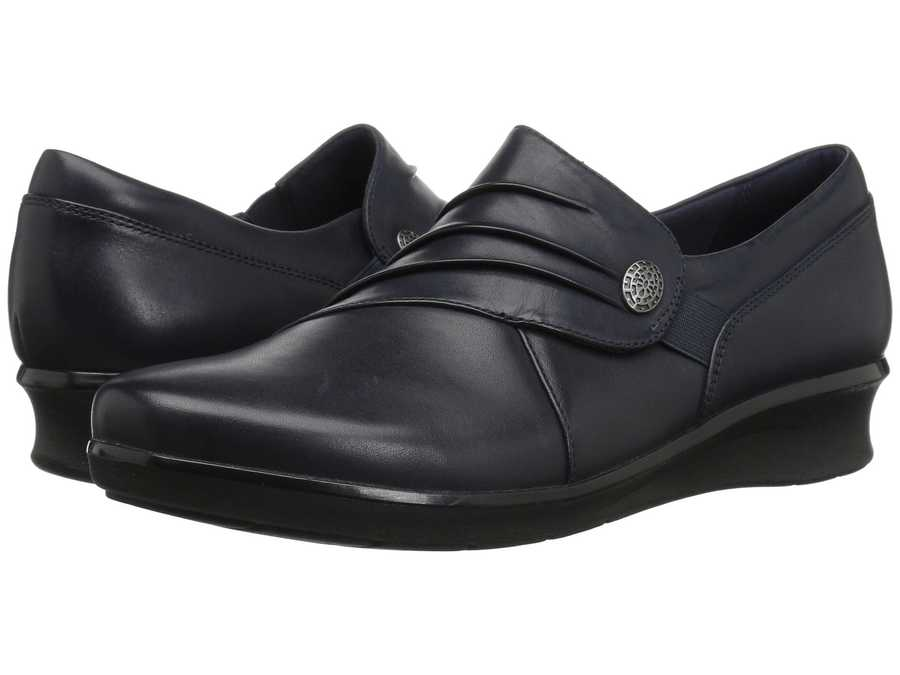 Clarks Women Navy Leather Hope Roxanne Loafers