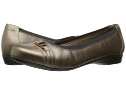 Clarks Women Pewter Leather Kinzie Light Flats - Thumbnail