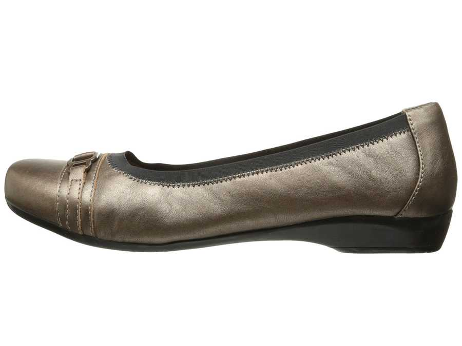 Clarks Women Pewter Leather Kinzie Light Flats