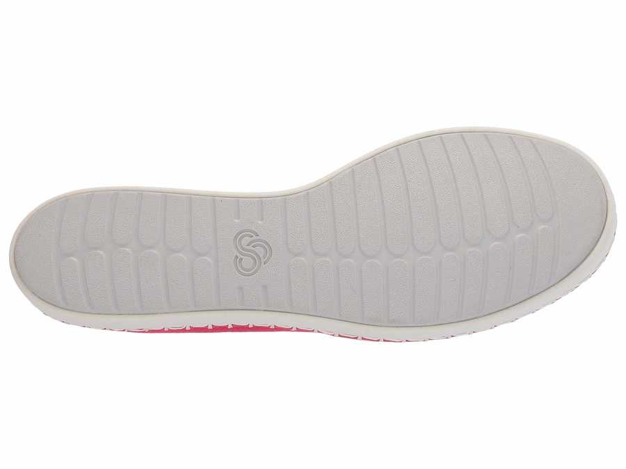 Clarks Women Rose Canvas Step Glow Slip Lifestyle Sneakers