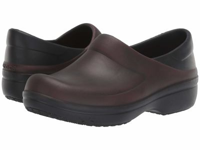Crocs - Crocs Women Garnet/Black Felicity Distressed Clog Clogs Mules