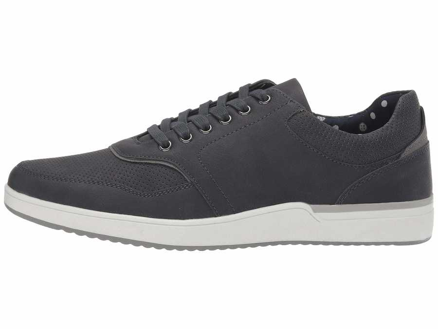 Madden By Steve Madden Men Navy Pale 6 Lifestyle Sneakers
