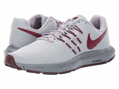 Nike - Nike Women Wolf Grey/Bordeaux/Pure Platinum Run Swift Se Running Shoes
