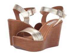 Steve Madden Women Gold Metallic Baraz Wedge Sandal Wedge Heels - Thumbnail