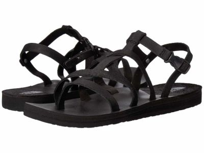 The North Face - The North Face Women's TNF Black Dark Gull Grey Base Camp Plus Asym II Flat Sandals