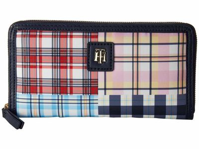 Tommy Hilfiger - Tommy Hilfiger Navy/Multi Julia Patchwork Zip Wallet Checkbook Wallet